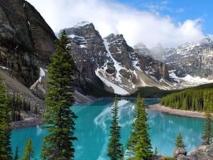 banff-lake-morraine_36732_600x450